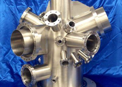 mu-metal analysis chamber with port shielding