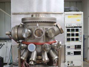 ultra high vacuum chambers